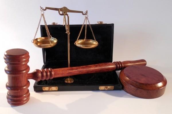 Comment défendre les intérêts de son entreprise en cas de procédure judiciaire ?